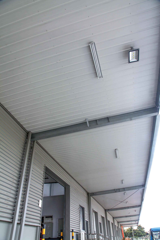 屋墙面内衬板:Q900